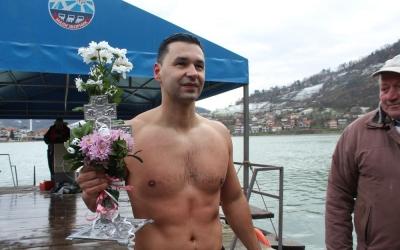 plivanje-za-bogojavljenski-krst-mali-zvornik-25
