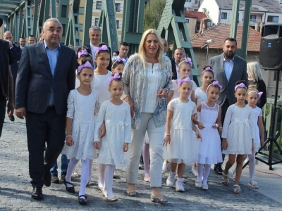 Manifestacija-ljudi-i-mostovi-Mali-Zvornik-20