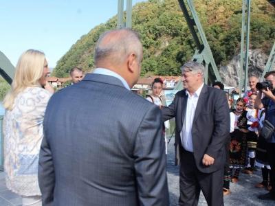 Manifestacija-ljudi-i-mostovi-Mali-Zvornik-21