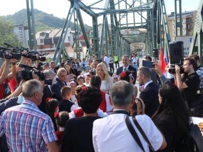 Manifestacija-ljudi-i-mostovi-Mali-Zvornik-22