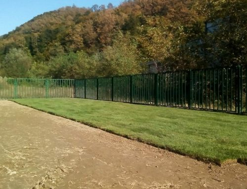 Постављена трава на фудбалском игралишту у Великој Реци
