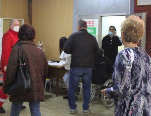 Настављена масовна имунизација становништва у Малом Зворнику