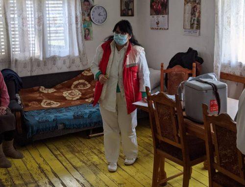 Настављена вакцинација старих лица и инвалида на кућној адреси