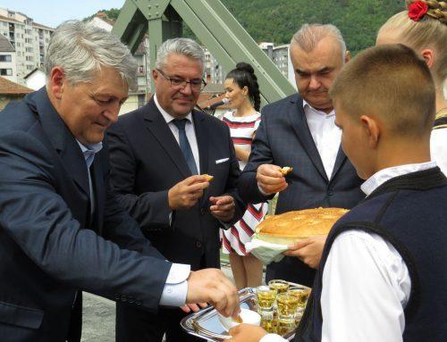 Одржан традиционални сусрет Малозворничана и Зворничана на мосту